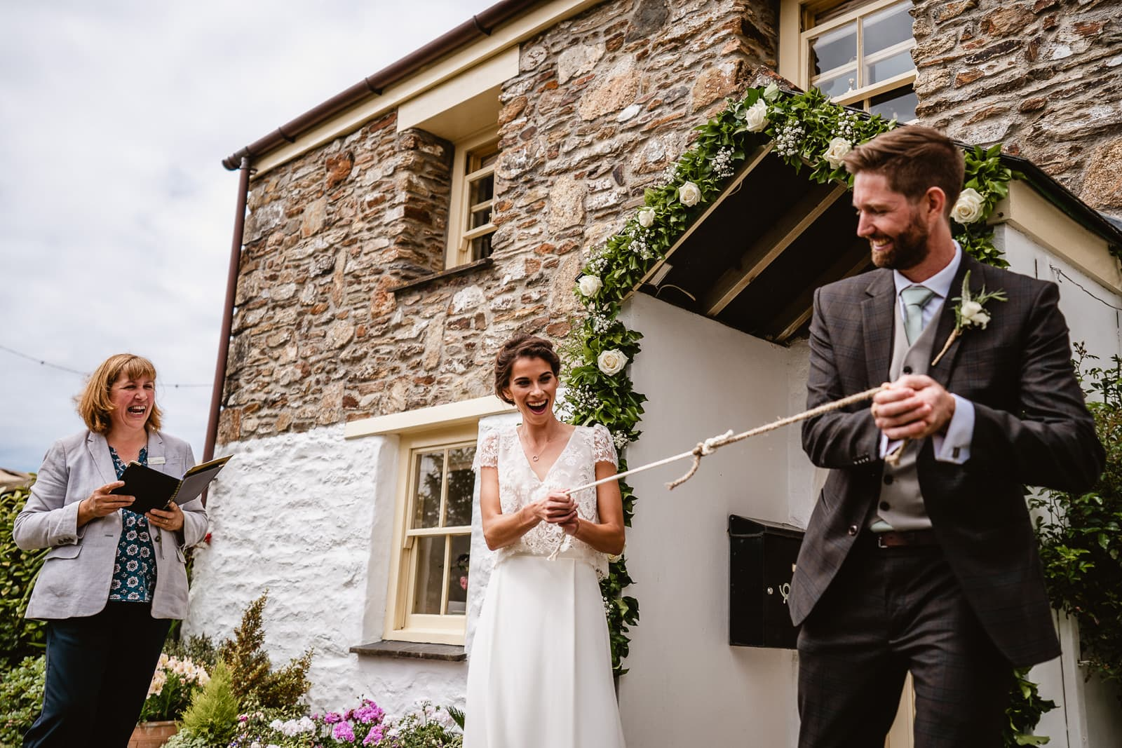 Cornish Celebrant led service at a garden wedding in Cornwall