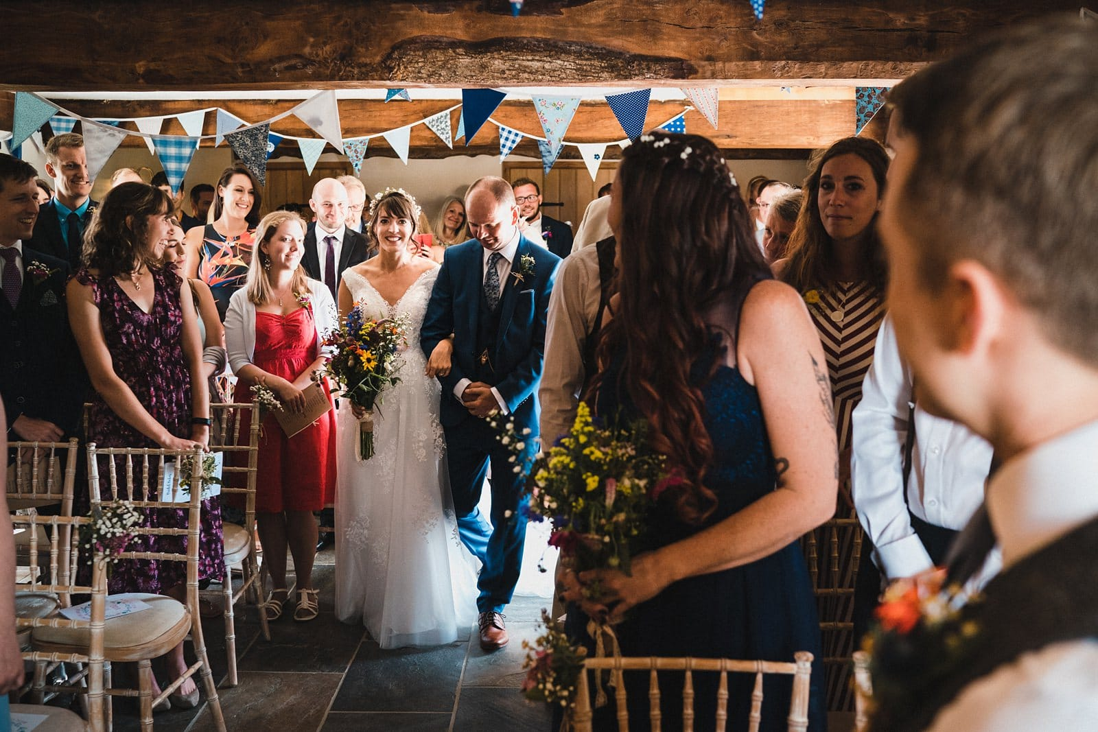 oak barn wedding photography